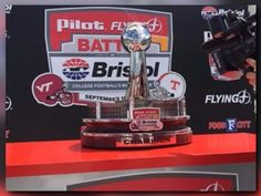Fans can see Battle at Bristol trophy in Market Square on Tuesday | WBIR.com