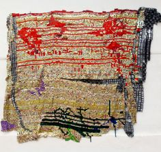 El Anatsui (Ghana), Testimonial, 2014. Aluminium and copper wire, 277 x 324 cm