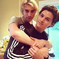 James praxton and Tyler young cute Best Friend Relationship, Tyler Young, Jered Leto, Love Always Wins, Cute Gay, Couples In Love, Gay Couple, Boy Bands, Lgbt