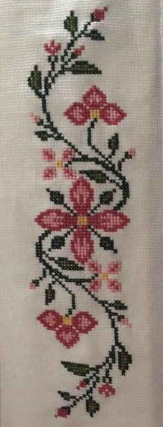 This post was discovered by Mu Easy Cross Stitch Patterns, Simple Cross Stitch, Cross Stitch Borders, Cross Stitch Flowers, Cross Stitch Designs, Cross Stitching, Hand Embroidery Designs, Beaded Embroidery, Cross Stitch Embroidery