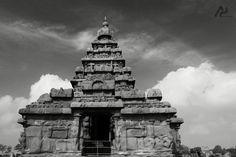 Shore temple of pallavas .#7thcentury #bengalbay #mahabs #chennaitourism #chennaidiaries #AP #ShutterUp #masterpiece #blackandwhitephotography #instatime #instapost