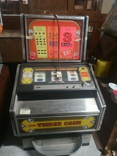 Three Coin by Bally Pinball, Jukebox, Coins, Fruit, Classic, Derby, Coining, Rooms, Classic Books