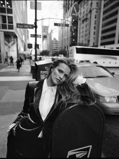 cacaf779aac467 Edita Vilkeviciute for Massimo Dutti  Evening Edition  2018 Collection by  Quentin de Briey
