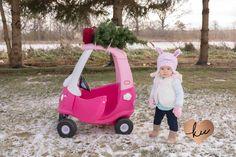 Winter Mini Session- Tree Shopping!