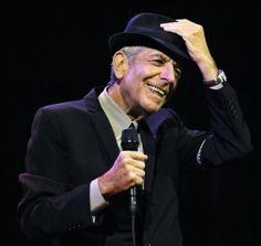 Oggi, si è spento all'età di 82 anni, a Los Angeles, l'artista Leonard Cohen: cantante, autore e poeta canadese.Classe 1934, al termine della guerra si trasferì.. http://www.ricordidivita.it/articolo-addio-a-leonard-cohen-poeta-della-musica-32227.html