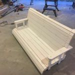 This step by step diy woodworking project is about free porch swing bench plans. This porch swing bench is really sturdy and it features a nice clean design, so you can match it with any style. Porch Swing Frame, Arbor Swing, Bench Swing, Lawn Swing, Patio Swing, Porch Swings, Bench Seat, Woodworking Bench Plans, Woodworking Projects Diy