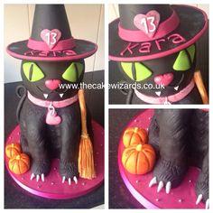 The Cake Wizards @kellyemmaellis   Witches cat cake