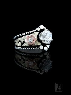 Twisted silver rope and rose gold flowers adorn the Decorative Solitaire Ring w/ Crystal Clear Accents. Sterling Silver and and Gold. Ruby Wedding Rings, Art Deco Wedding Rings, Bridal Rings, Western Rings, Western Jewelry, Country Jewelry, Cowgirl Jewelry, Diamond Bands, Diamond Jewelry