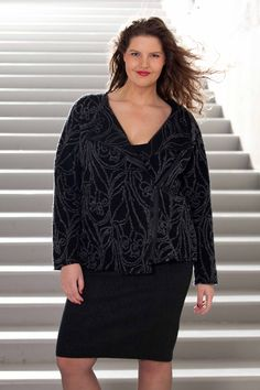 exelle | curvy fashion | fashionable wool cooked jacket on pencil skirt