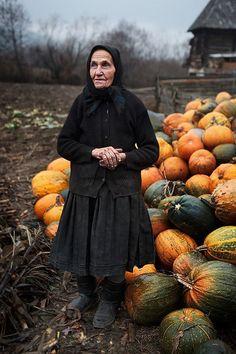 Rural Romanian Women 116