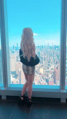 Beautiful Blonde Hair, Most Beautiful Hollywood Actress, Forever Girl, Loren Gray, Hollywood Actresses, Hair Goals, Hair Color, Beautiful Women, Ideas