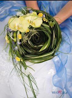 Phalaenopsis orchid wedding bouquet. Via Fusion Flowers magazine