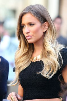 Renee Bargh Hair Color. Love!