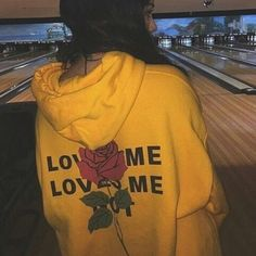 Please __________ #sweater #bowling #rose #love #me #yellow #mustard #mustardyellow #aesthetic #aesthetics #theme #tumblr #geek #geeking #grunge http://butimag.com/ipost/1556316691821061343/?code=BWZJckWAWTf