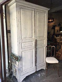 Armoire 2 portes penderie | antiquitesdecoration Decoration, Furniture, Home Decor, Hanging Closet, Decor, Decoration Home, Room Decor, Dekoration, Home Furniture