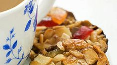 Kung Pao Chicken, Sweets, Meat, Breakfast, Ethnic Recipes, Food, Morning Coffee, Gummi Candy, Candy