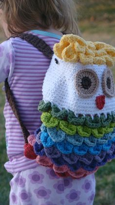 Owl Backpack Crochet Pattern - modify - but love the crocodile stitch for the ruffled (rainbow) feathers idea. Crochet Owls, Love Crochet, Crochet For Kids, Crochet Crafts, Knit Crochet, Crochet Patterns, Crochet Children, Crochet Butterfly, Butterfly Pattern