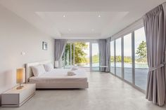 Kolekcja Nusa - Domus Luxury Rooms, Luxury Villa, Art Studio At Home, Big Windows, Modern Room, Home Bedroom, Room Interior, Stock Photos, Living Room