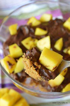crema de ciocolata cu mango Lucky Cake, French Toast, Mango, Breakfast, Oreos, Food, Recipes, Manga, Breakfast Cafe