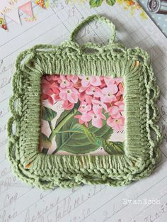 Green meadow Crochet photo frame by LivingLifeCreatively on Etsy, $5.50