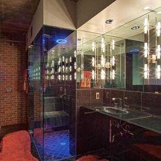 Check out this stunner 😍 . . #jeffbarchi #jeffbarchirealtor #phoenixrealestate #phoenixrealtor #bathroom #decor #design #tiles #realtor #realtorlife #realtorlifestyle #homeowners #Arizona #ArizonaLife #ArizonaState #ArizonaSunset #phoenix #phoenixaz #tucson #homeownership #scottsdale #scottsdaleaz #realestate #realestateagent #newhome #property #propertystyling #housegoals #igersaz #dreamhome #localrealtors - posted by Jeff Barchi | REALTOR® 🏡 https://www.instagram.com/homesalesphx - See…