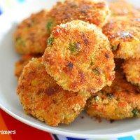 Mini Zucchini Parmesan Lentil Patties | Little Grazers - delicious food for little hands