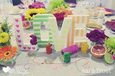 love, fluor & neon wedding decoration by bodas de cuento