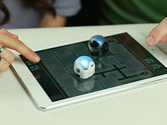 CES 2014: Ozobot Announces Tiny Intelligent Robot for a New Kind of Game Night