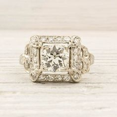 absolutely amazing!  I love antique settings... Though this one might be a little too much for my dainty little hands