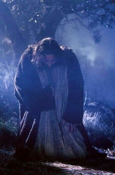 """Movie """"The Passion of The Christ"""" - Jesus humbling himself before God the Father in the Garden of Gethsemane La Passion Du Christ, Image Jesus, Agony In The Garden, Gospel Of Luke, Jesus Christus, Jesus Pictures, Jesus Is Lord, Jesus Father, Lord Lord"""