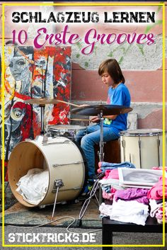 Hier kommen Deine 10 Ersten Grooves! Schlagzeug lernen ist damit wirklich einfach und als erster Schritt zum Drummer genau das richtige. Klicke auf den Pin und trommel los. Über Repins freue ich mich! Danke! #schlagzeug #drums #drummer #schlagzeuger #schlagzeugerin #trommel #trommeln