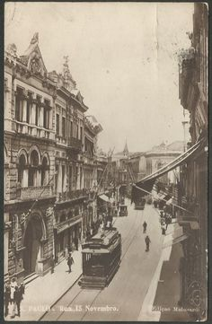 São Paulo - Rua 15 de Novembro com movimento de bondes, caros e pessoas - Cartão Postal antigo origi