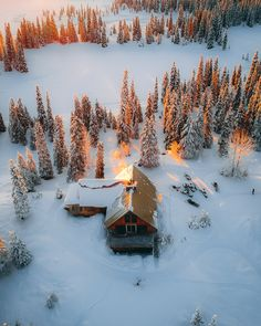New free stock photo of aerial shot bungalow cabin Aerial Photography, Landscape Photography, Bungalow, Winter Scenery, Photos Voyages, Birds Eye View, Cabins In The Woods, Winter Landscape, Belle Photo