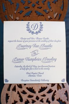 Classic blue wreath invites. Caroline Creates.