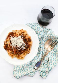 Rich Mushroom and Lentil Ragu Recipe. A rich mushroom and lentil ragu served with tagliatelle the Italian way. An easy your family and friends will love. Suitable for vegetarians and vegans. Vegan Dinner Recipes, Veggie Recipes, Pasta Recipes, Italian Recipes, Whole Food Recipes, Vegetarian Recipes, Cooking Recipes, Healthy Recipes, Lentil Recipes