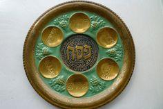 Vintage Judaica 91/2 inch traditional Passover Seder by shainkeit, $20.00
