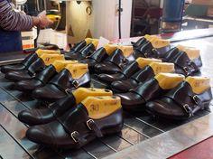 Proceso de fabricación de nuestros #blucher #monkstrap #LinceShoes