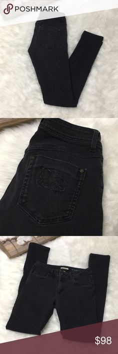 Burberry Brit Black Hempstead Slim 29w 34 Inseam Lovely pair of gently used condition Burberry Brit Hampstead Slim Black skinny denim jeans size 29 waist and 34 length Burberry Jeans Skinny