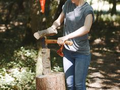 Miscellaneous Adventures, Woodland Woodcarving Workshops. http://shop.miscellaneousadventures.co.uk/product/woodland-woodcarving-workshop
