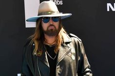 Billy Ray Cyrus Net Worth - Alongside Earning, Is Also Involved In Philanthropic Works The Spy Next Door, Trace Cyrus, Hot Men, Hot Guys, Jackie Chan Movies, World Music Awards, Billy Ray Cyrus, Academy Of Country Music, Billboard Hot 100