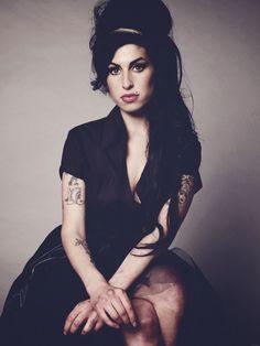 Amy Winehouse histoire  37246b3dd167ef603e972b55de658691