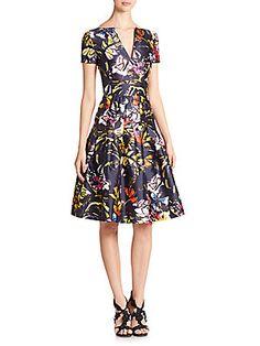 OSCAR DE LA RENTA FLORAL SPLITNECK DRESS. #oscardelarenta #cloth #