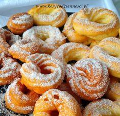 Mini oponki - pączki hiszpańskie (wiedeńskie) tradycyjne i pieczone | Kęsy Codzienności What You Eat, Churros, Doughnuts, Food And Drink, Baking, Buns, Cake, Sweet, Recipes