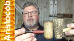 Aristocob Shop Short: Does the Freehand corn cob pipe from www.Aristocob.com have a wooden plug?