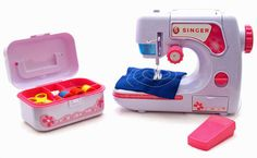 $48 including shipping   Kid's Singer Chainstitch Deluxe Sewing Machine w Bonus Sewing Box 698143023019   eBay