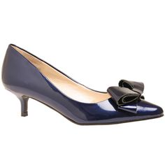 The Nine West relavent kitten heel with bow! in a glossy metallic dark blue, this little pump will add a lady like touch to any outfit!