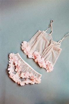 Sexy & Delicated | Pinterest: @ Natlaland | #Lingerie #lenceria #underwear #ropainterior #lace #brassiere #panty #delicated #sexy