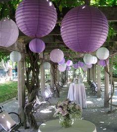 Wedding Decor : Paper Lanterns from Luna Bazaar! wedding decor Fire in the Sky: Chinese Paper Lanterns Wedding Reception, Our Wedding, Dream Wedding, Trendy Wedding, Garden Wedding, Reception Ideas, Reception Layout, Summer Wedding, Wedding Table