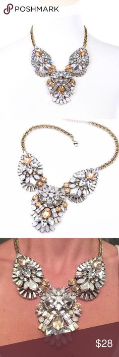 💗Gorgeous Statement Necklace Perfect Statement Necklace. 💕 Jewelry Necklaces