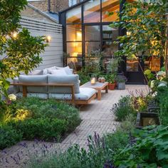 Garden Design London, Back Garden Design, Backyard Garden Design, Backyard Patio, Backyard Landscaping, London Garden, Backyard Ideas, Landscaping For Small Backyards, Small Urban Garden Design